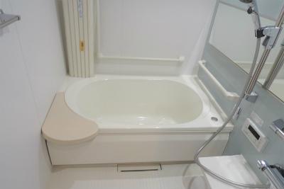 お風呂付のお部屋もあります。