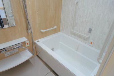 2人部屋のお部屋のお風呂です。