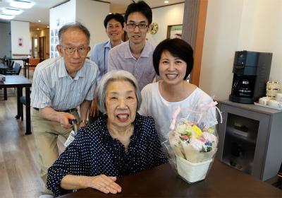 サービス付高齢者向け住宅にご入居されました!