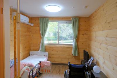 お部屋からの景色も抜群です。2人部屋もありますよ。