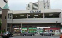 阪急千里線「山田」駅から徒歩約6分です。