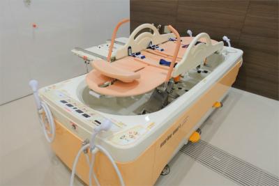 1Fには機械浴があります。座浴や個浴もありますので、お身体にあったご入浴ができます。