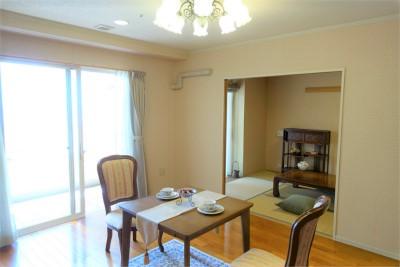お部屋はキッチンや洗面台、お風呂もあり、ご自宅と同じように過ごせます。