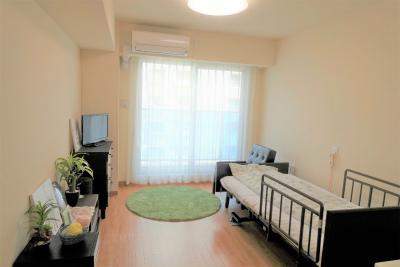 お部屋はエアコン、トイレ、洗面台が付いています。