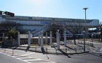 大阪モノレール「柴原阪大前駅」より徒歩2分のところにあります。