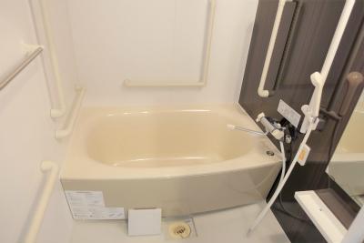 お部屋のお風呂です。ご自宅と同じようにご入浴出来ます。